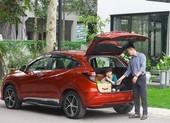 Nên mua ô tô giảm giá hàng trăm triệu hay thuê xe chơi tết?