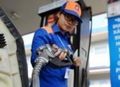 Giá xăng giảm khủng chỉ còn hơn 12.000 đồng/lít