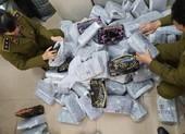 Lại phát hiện túi xách hàng hiệu siêu rẻ 30.000 đồng