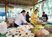 Tôm Đức, gỏi Thái, cua Hoàng Đế...xuất hiện ở ngày hội du lịch