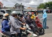 Hàng trăm người rời TP.HCM về các tỉnh Tây Nguyên phải quay đầu xe