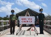 Phong tỏa đường bộ lẫn đường sông vào ấp Thừa Lợi