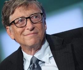 Bill Gates sẵn sàng nhảy qua ghế nhặt tiền rơi