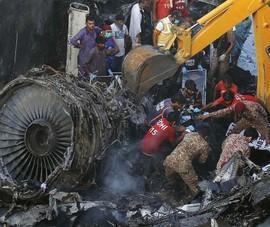 Máy bay rơi ở Pakistan: Bất thường trong quá trình hạ cánh