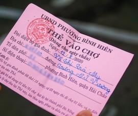 COVID-19: Đà Nẵng phát 'thẻ đi chợ', dừng tàu thủy chở khách