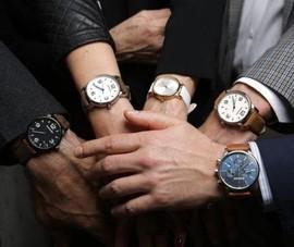 Bán đồng hồ, Thế giới Di động bỏ túi chục tỉ mỗi tháng