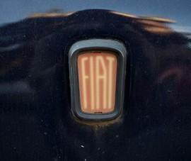 Fiat ký thỏa thuận mua toàn bộ cổ phần của Chrysler