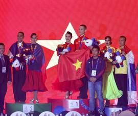 Dancesports mang về HCV thứ hai cho thể thao Việt Nam
