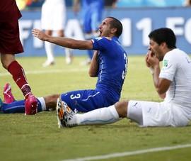 Bị Suarez cắn ở World Cup, Chiellini vẫn nói lời yêu thương