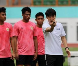 Sốc: World Cup ở Indonesia bị hoãn