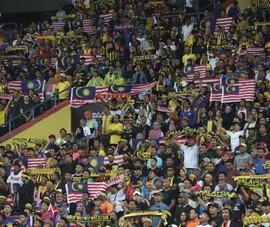 Sốc: Fan Malaysia được chọn là cầu thủ xuất sắc năm