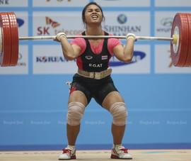Cử tạ Thái Lan bị cấm Olympic vì huấn luyện viên