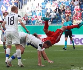 Mario Fernandes té ngã và chia tay Euro 2020
