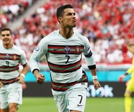 Sợ lão tướng Ronaldo thật!