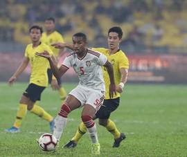 Ông Tan đang yếu thế, tuyển Malaysia loạn quan điểm nhập tịch