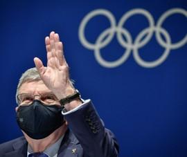 Chủ tịch IOC: 'Tôi mất ăn mất ngủ'