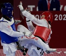 Đánh bại võ sĩ Canada, Kim Tuyền vào tứ kết gặp Thái Lan