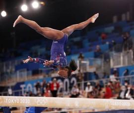 Simon Biles trở thành huyền thoại Olympic
