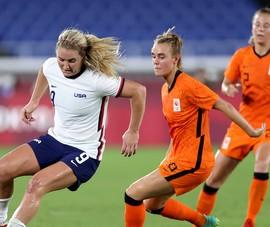 Cô gái Hà Lan rời cuộc chơi