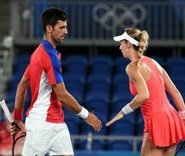 Djokovic lại thua ở Olympic Tokyo
