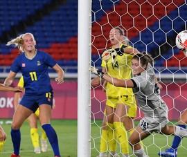 Thụy Điển tranh ngôi vô địch cùng Canada