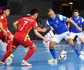 Tuyển Việt Nam thua Brazil 1-9 ở trận khai mạc World Cup