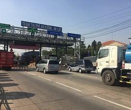 TP.HCM kiểm tra xe quá tải tại trạm thu phí An Sương - An Lạc