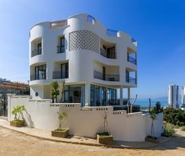 Mê mẩn với ngôi nhà nhìn đâu cũng thấy bãi biển Nha Trang