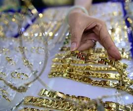 Vàng nội đảo chiều, rẻ hơn vàng ngoại gần 300.000 đồng