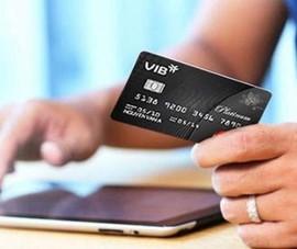 Ngân hàng đồng loạt tung chiêu hút khách mở thẻ tín dụng