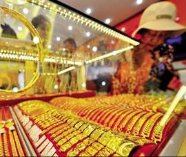 Giá vàng tiếp tục bất ổn