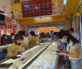 Tăng thuế xuất khẩu vàng nữ trang sẽ làm tăng nguy cơ buôn lậu vàng