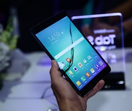 Samsung Galaxy Tab S2:  Máy tính bảng siêu mỏng và nhẹ