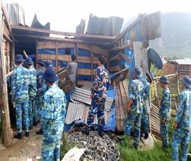 Sau bão, bộ đội hải quân giúp dân dựng lại 29 căn nhà