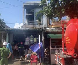 Cháy cửa hàng Laptop ở Quảng Ngãi, nhiều tài sản bị thiêu rụi