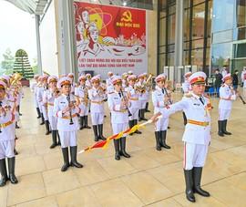 Hôm nay, Đại hội XIII của Đảng bước vào ngày làm việc đầu tiên