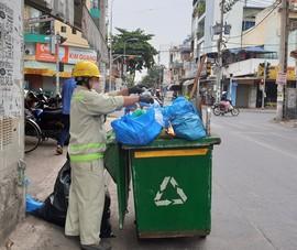 Nỗi lòng của những người làm sạch đường phố ngày tết