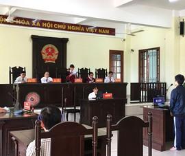 Ấm áp phiên xử nam sinh viên 'ngáo game'