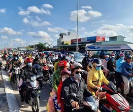 Các tỉnh đưa nhiều giải pháp hạn chế kẹt xe sau lễ