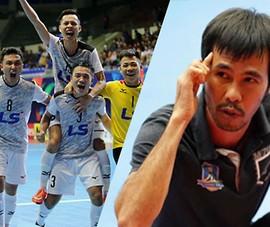 Lần đầu Việt Nam có đội bóng và HLV vào top 10 thế giới