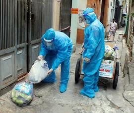 Quận Phú Nhuận: Mang thực phẩm đến tận nhà cho dân