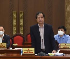 Bộ trưởng GD&ĐT đề nghị cho học sinh ngoại thành Hà Nội đến trường