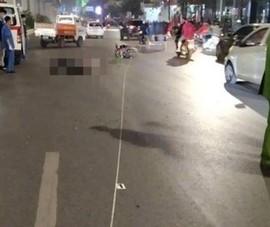 Xe máy tông tử vong 2 người đi bộ qua đường