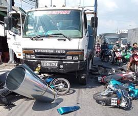 Ngày 30 Tết: 16 người chết vì tai nạn giao thông