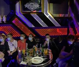 28 nam nữ phê ma túy trong quán karaoke