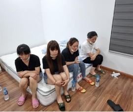 11 người Trung Quốc cố thủ trong nhà khi cảnh sát phát hiện