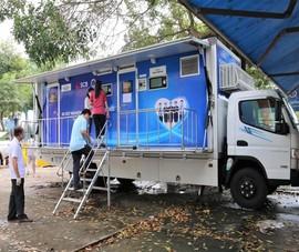 Tiền Giang đưa xe xét nghiệm lưu động đến các điểm nóng