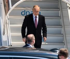 Gặp ông Biden, ông Putin không còn 'thói quen' tới trễ