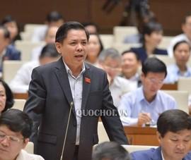 Đại biểu đề nghị chủ tịch tỉnh đi xe máy, bộ trưởng đi xe buýt