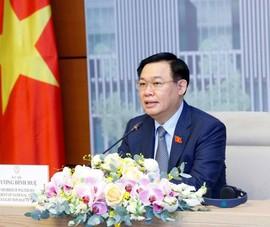 Chủ tịch Quốc hội đề nghị Australia miễn giảm chi phí visa cho công dân Việt
